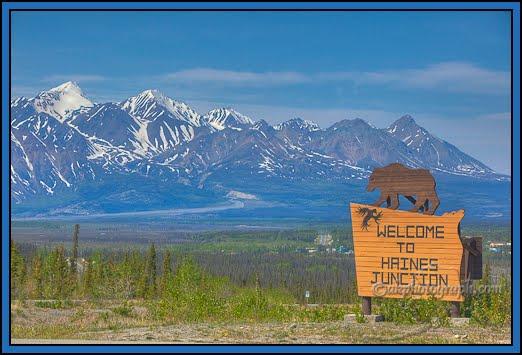 Résultat d'image pour Jonction de Haines à Beaver Creek Yukon