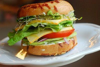 Cooking à la Mode: Veggie Bagel Sandwiches