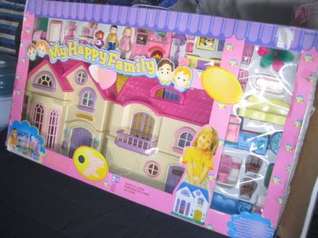 my happy family big dollhouse my baby shop. Black Bedroom Furniture Sets. Home Design Ideas