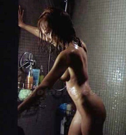 shower nude Jessica alba