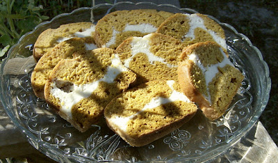 Pumpkin Ribbon Bread