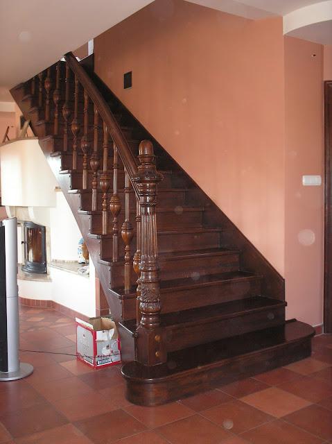 Drewniane schody eklektyczne