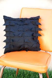 Fall Decor, DIY Fall Decor, Home Decor for Fall, Fall DIY, Fall Throw Pillows, Inexpensive Cheap Throw Pillows, Inexpensive Throw Pillows for Fall, Popular Pin