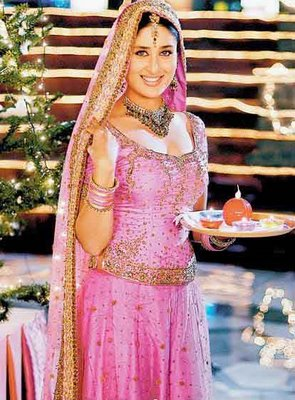 Kareena Kapoor New Hd Wallpaper Indian And Paki Wallpapers Kareena Kapoor Wallpaper