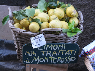 A basket of Italian lemons