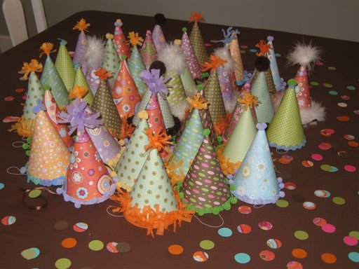 [lindsey+party+hats]