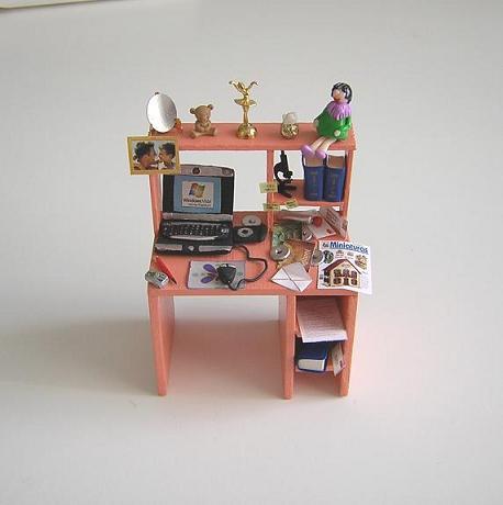 Mesa de Estudio Moderna