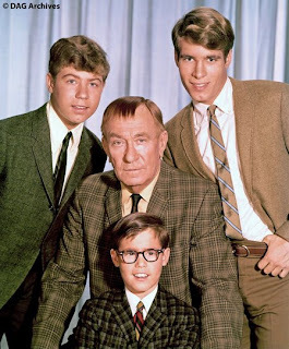 DON GRADY: MY THREE SONS' Robbie Douglas – Wait, I Know This!