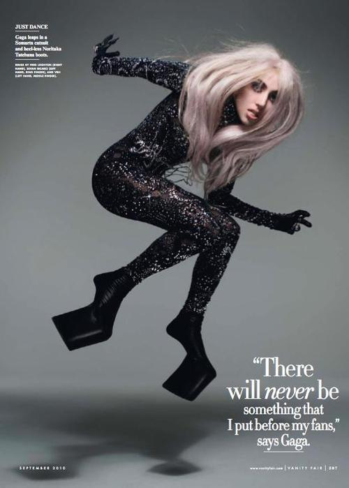 Loving Lady Gaga in Vanity Fair today! She looks very pretty and the video