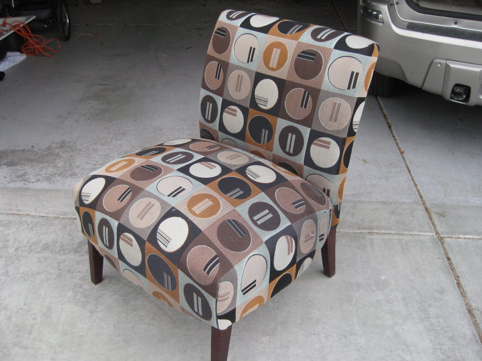 Merveilleux Slipper Chair