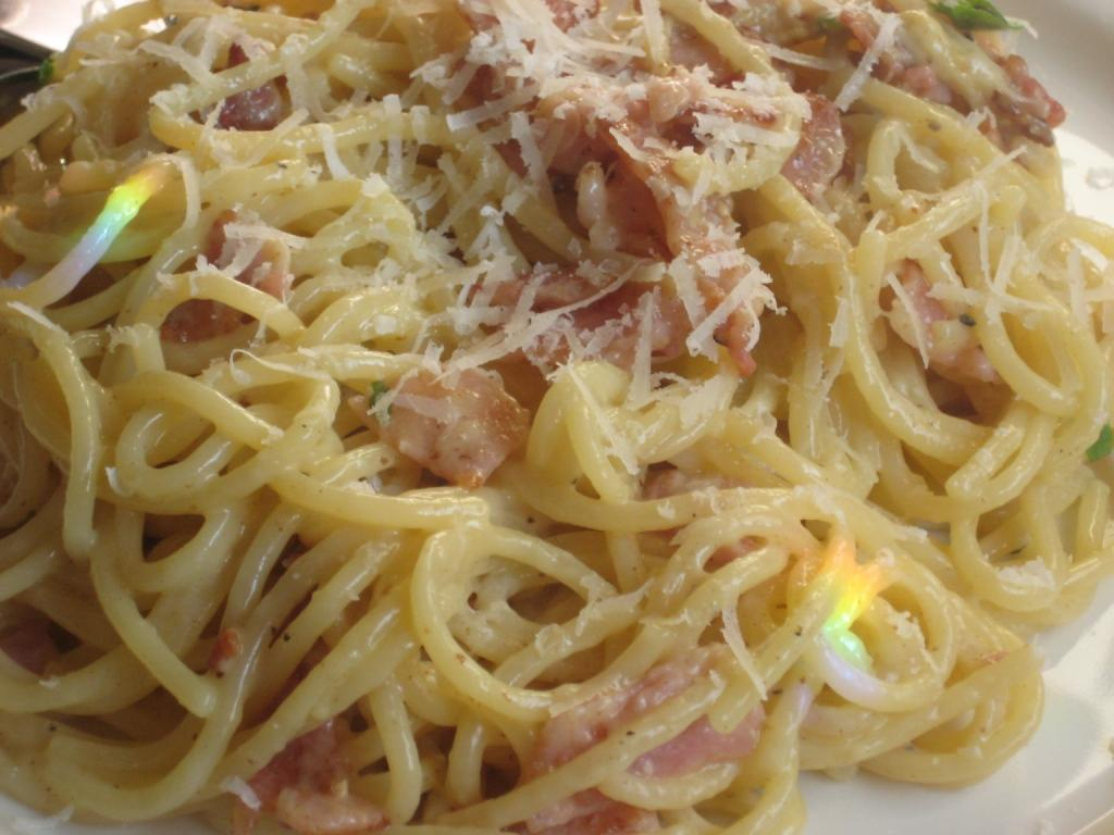 Low Fat Pasta Carbonara 94