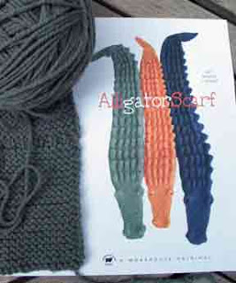 Knit MORe ANd . . .: Alligator Scarf