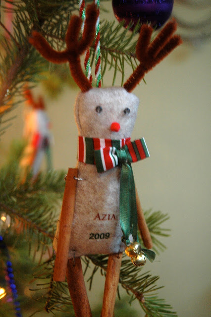 Cohesive Pieces Cinnamon Stick Reindeer Christmas Ornaments