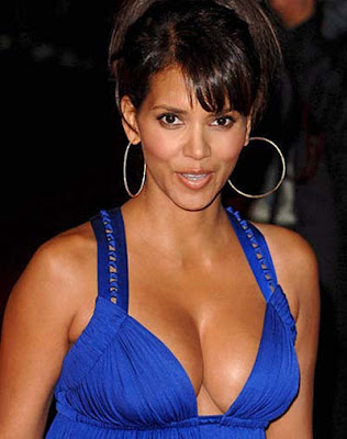 Halle Berry sexy images pictures