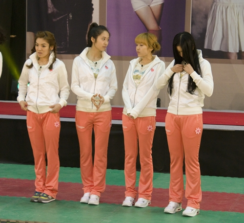 [Pictures] f(x)'s members on Star King and Dream team!   Daily K Pop News