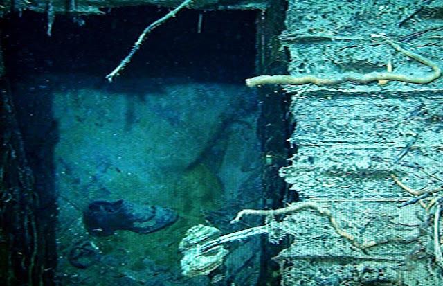 Incredible Pictures Images Photos Wreck Australian Hospital Ship Centaur