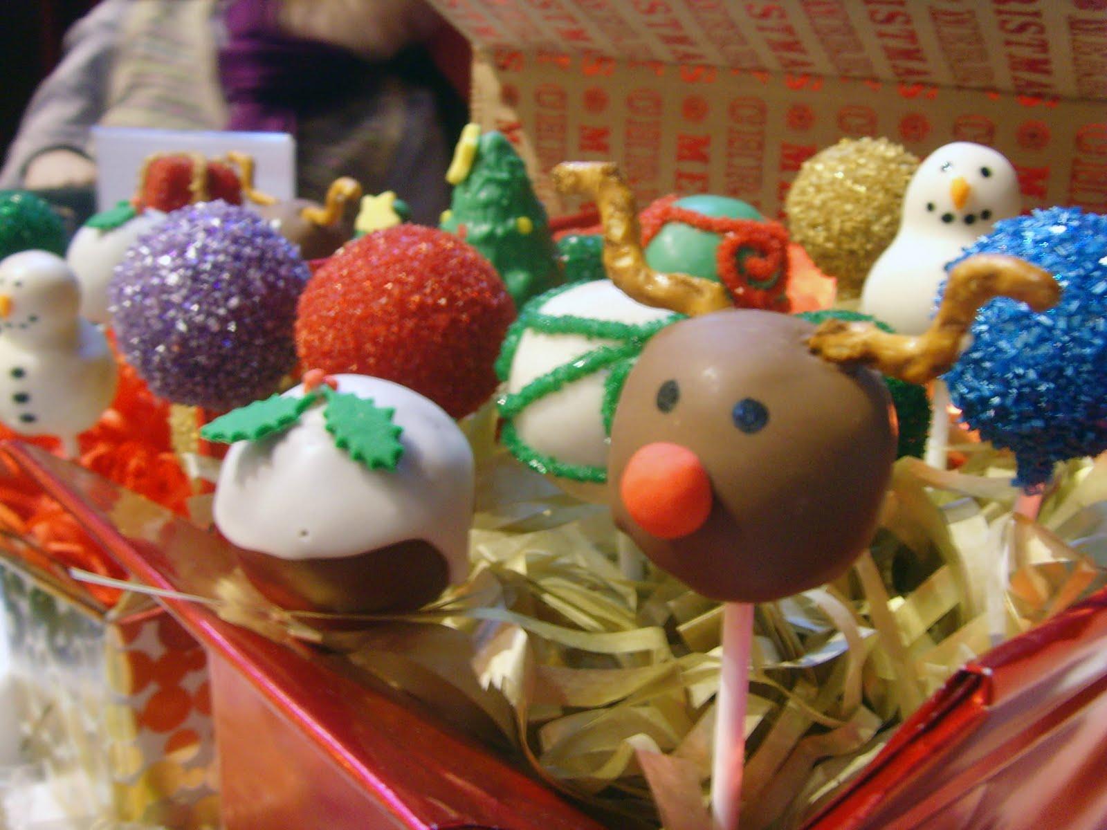 https://i0.wp.com/1.bp.blogspot.com/_oLuAx8iyZbo/TORC-fZZ6uI/AAAAAAAAADo/Si2hqOYZ3_w/s1600/Christmas%2BDisplay%2B4.jpg