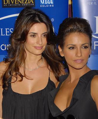penelope cruz sister. (Penelope Cruz and sister)