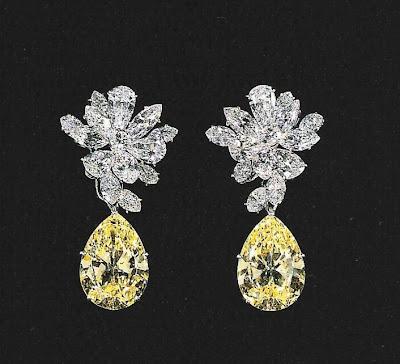 White Diamonds Elizabeth Taylor Bracelet