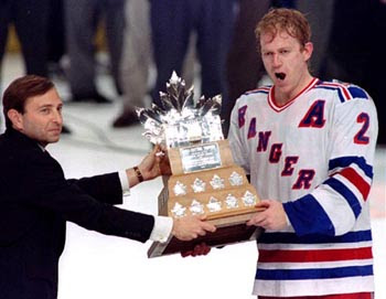 Brian Leetch receives the 1994 Conn Smythe Trophy