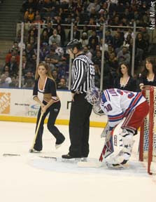 Henrik Lundqvist refuses to move for Islander 'Ice Girl' hottie helper Kelli Higgins