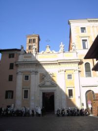 San Silvestro in Capite on Piazza San Silvestro
