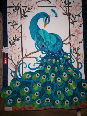 Peacock quilt - Quilters Club of America