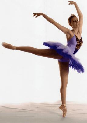 0d10ee7991 a) qualquer dança ou combinação de passos feitos para a música lenta b)  série de exercícios efetuados durante a aula com o fito de desenvolver a  graça