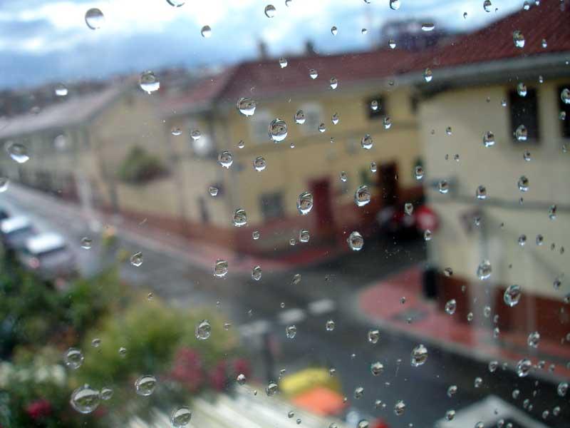 [llueve.jpg]