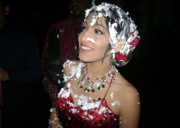 Sri Lanka fashion blog: Sri Lankan actress Nehara Peris ... |Peris