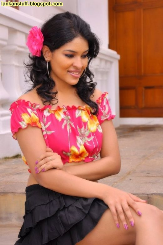 Our Lanka: Sri Lankan Models Photos ( 10 )
