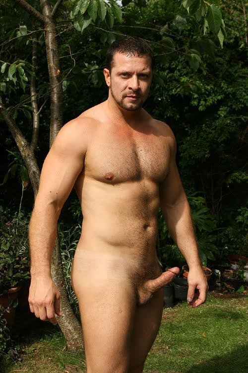 Nude Mature Males 12