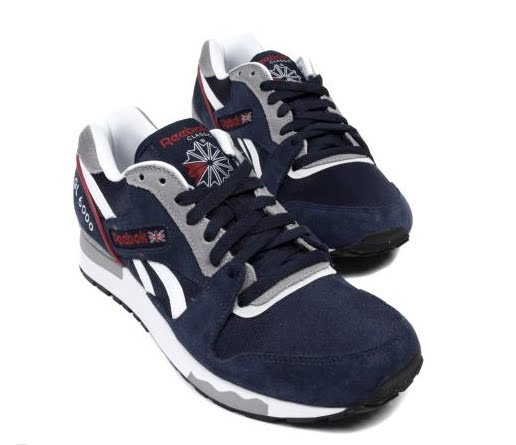 bda76b8ba6b9 Reebok republishes one of his models running key with Reebok GL 6000. This  vintage color is very successful and pays tribute in this pair which  already ...