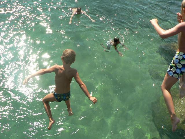plongeon d'enfant