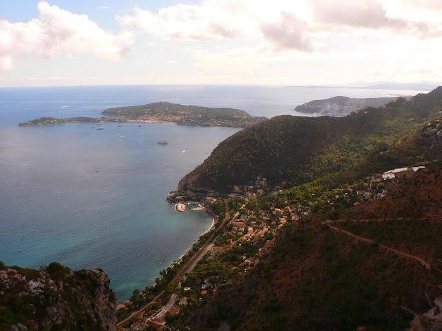 Eze vue vers Saint Jean Cap Ferrat