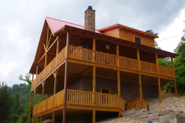 Pet Friendly Pigeon Forge And Gatlinburg Cabins Are Easy To Find In Pigeon  Forge U0026 Gatlinburg. Our Accommodations Are Perfect For Anyone Who Is  Looking For ...