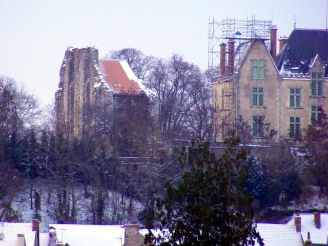 Church of Saint Melaine and Chateau du Lion, Preuilly sur Claise.