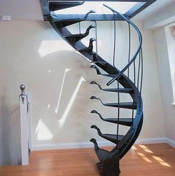 أغرب السلالــــــم ....  Stairacse3