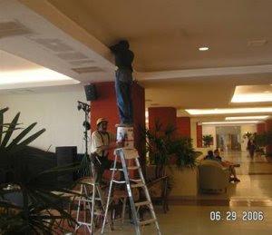 080411-wll-bucket-ladder.jpg