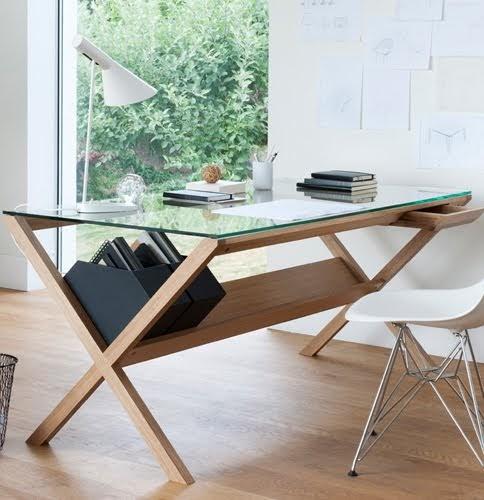 X íróasztal: Shin Azumi Covet Desk-je