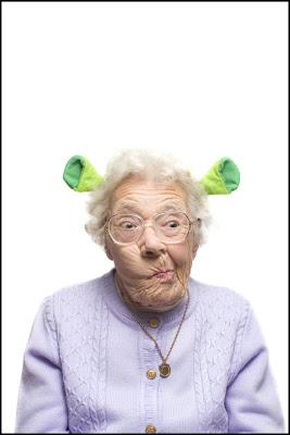 http://bp3.blogger.com/_osrVjnPbdEM/SC6z7GszPpI/AAAAAAAABLY/UbH14_WKHs8/s400/Funny+Grandma+2.jpg