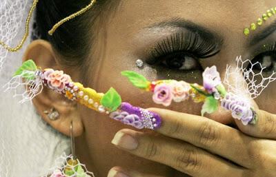 Bukuria e duarve gjendet tek thonjet NailArt1
