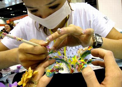Bukuria e duarve gjendet tek thonjet NailArt2