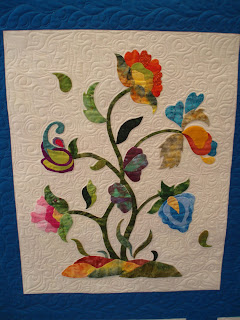 Purrfectly Quilted Jacobean Applique
