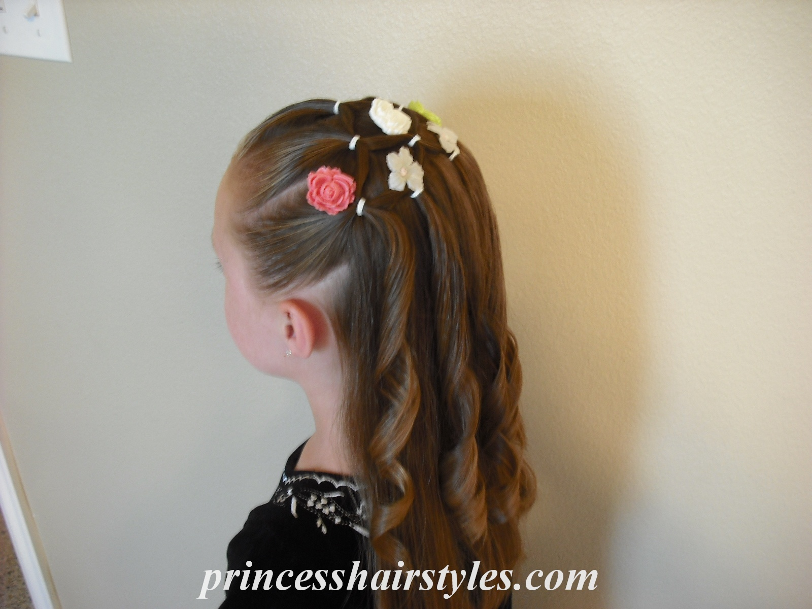 Flower Girl Hairstyle Hairstyles For Girls Princess