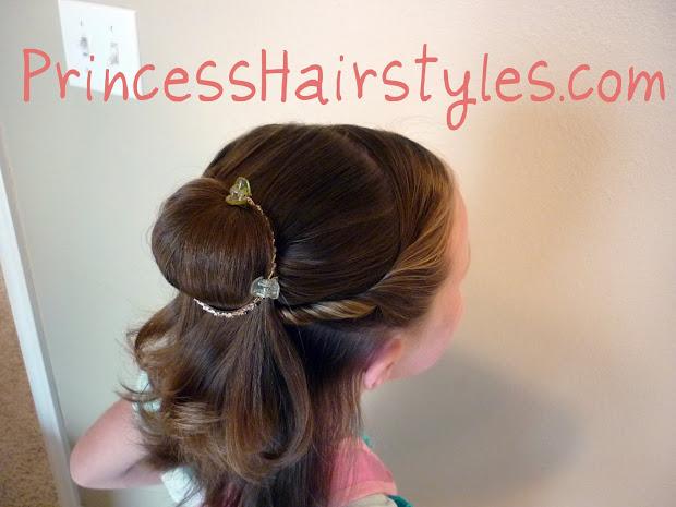 belle hairstyle - short hair