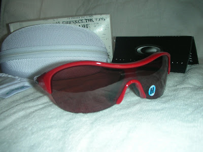 bf9f2d47dddda  NEW  Oakley Enduring Pace Lipstick Red with G20 lens.