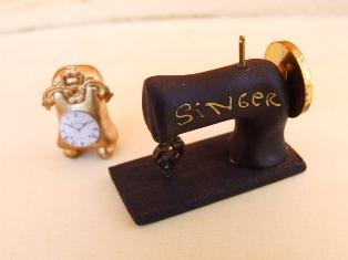 Relógio /   Maquina de costura