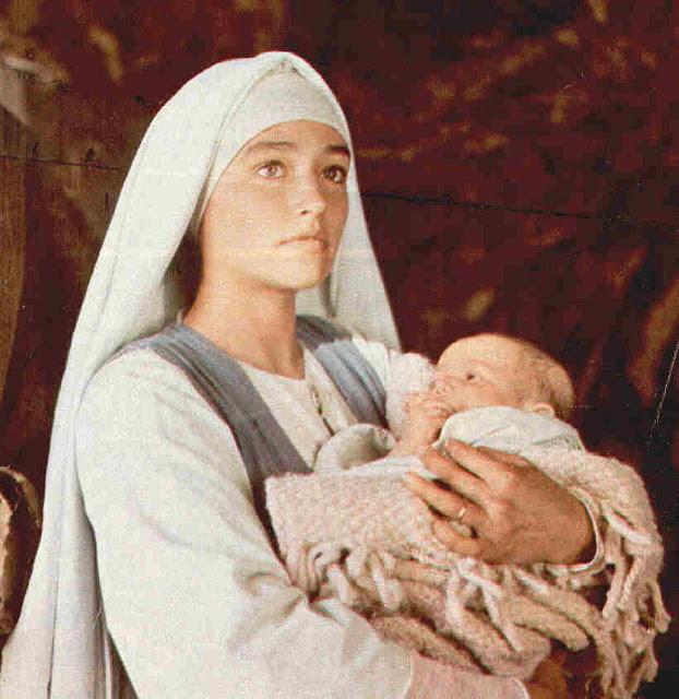 Resultado de imagen de la virgen maria en las peliculas