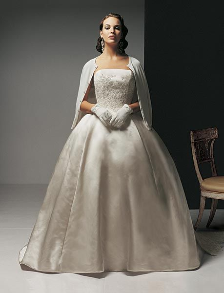 clic styles wedding dress